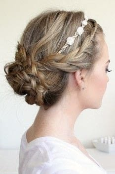 flower crown hairstyle tutorial