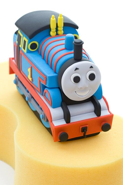 thomas the tank engine fondant topper tutorial