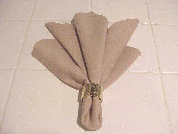 easy napkin folding tutorial