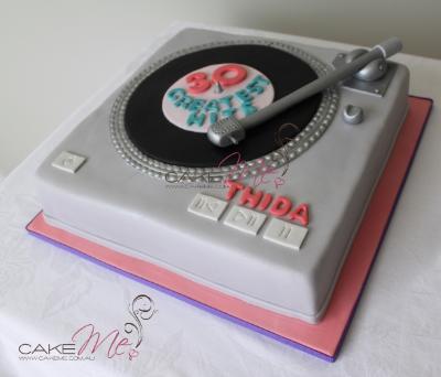 dj turntable cake tutorial