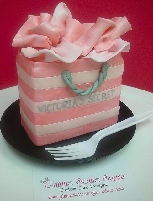 victoria secret cake tutorial